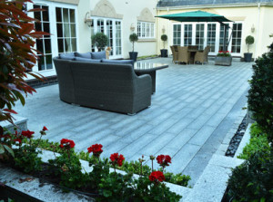 Fraser Landscapes - Granite Patio and Flowerbed Planters