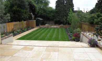 Fraser Landscapes - Patio Customer in Esher